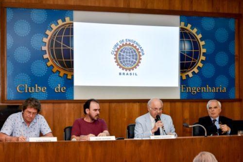 Soberania: independência e estratégia de desenvolvimento para o Brasil