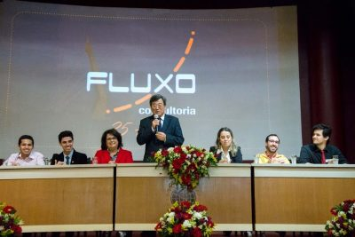Fluxo, empresa júnior de engenharia da UFRJ, comemora 25 anos de sucesso