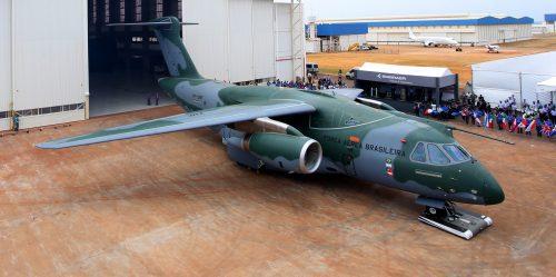 A associação da Embraer com a Boeing