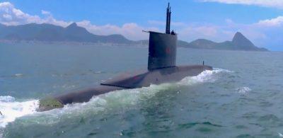 """Cerimônia de lançamento ao mar do submarino """"Riachuelo"""""""