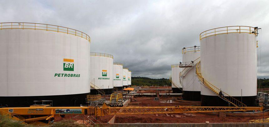 Importância do Refino, do Transporte e da Distribuição do Petróleo e de seus Derivados para o Brasil e a Petrobras