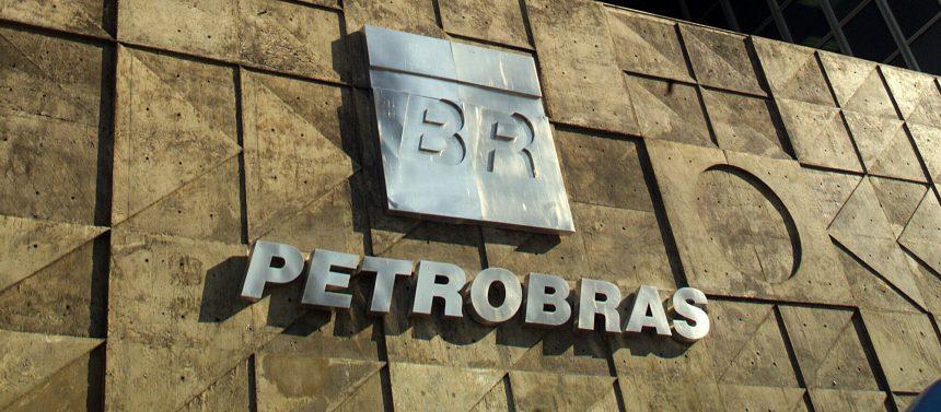 A venda de ativos sem licitação a partir da privatização de subsidiárias é oportunismo